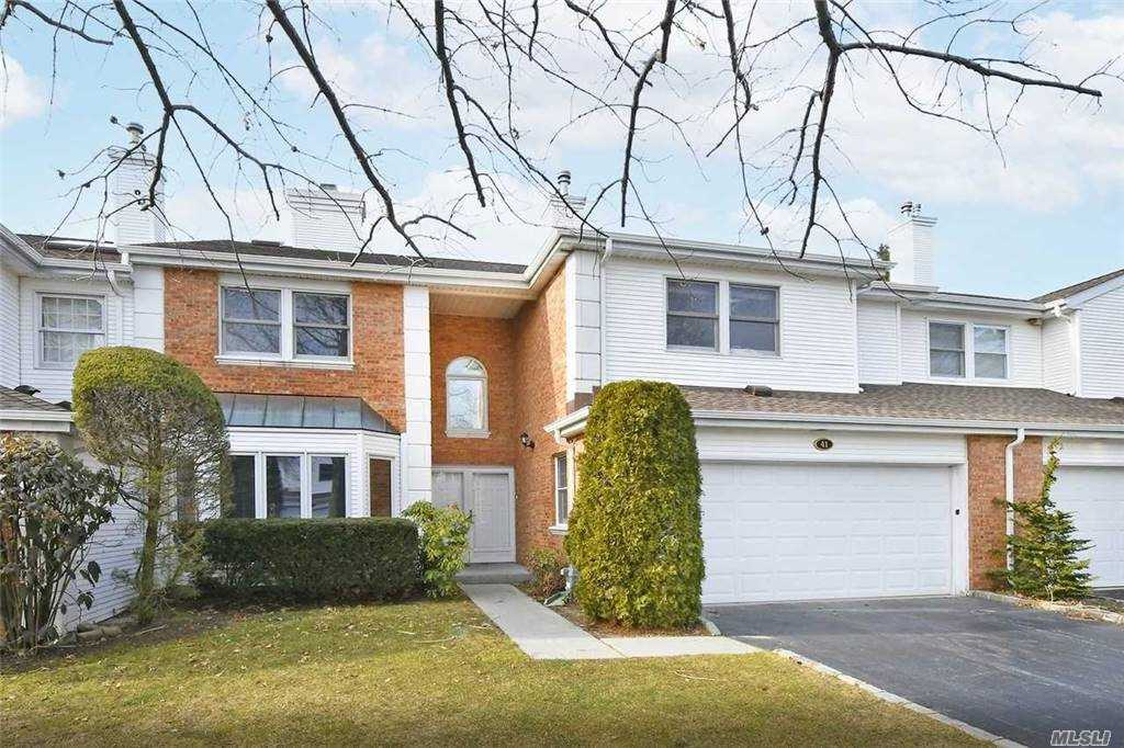 Property for sale at 41 Hamlet Dr, Commack,  New York 1
