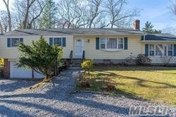 Property for sale at 155 Delmar Drive, Laurel,  New York 11948