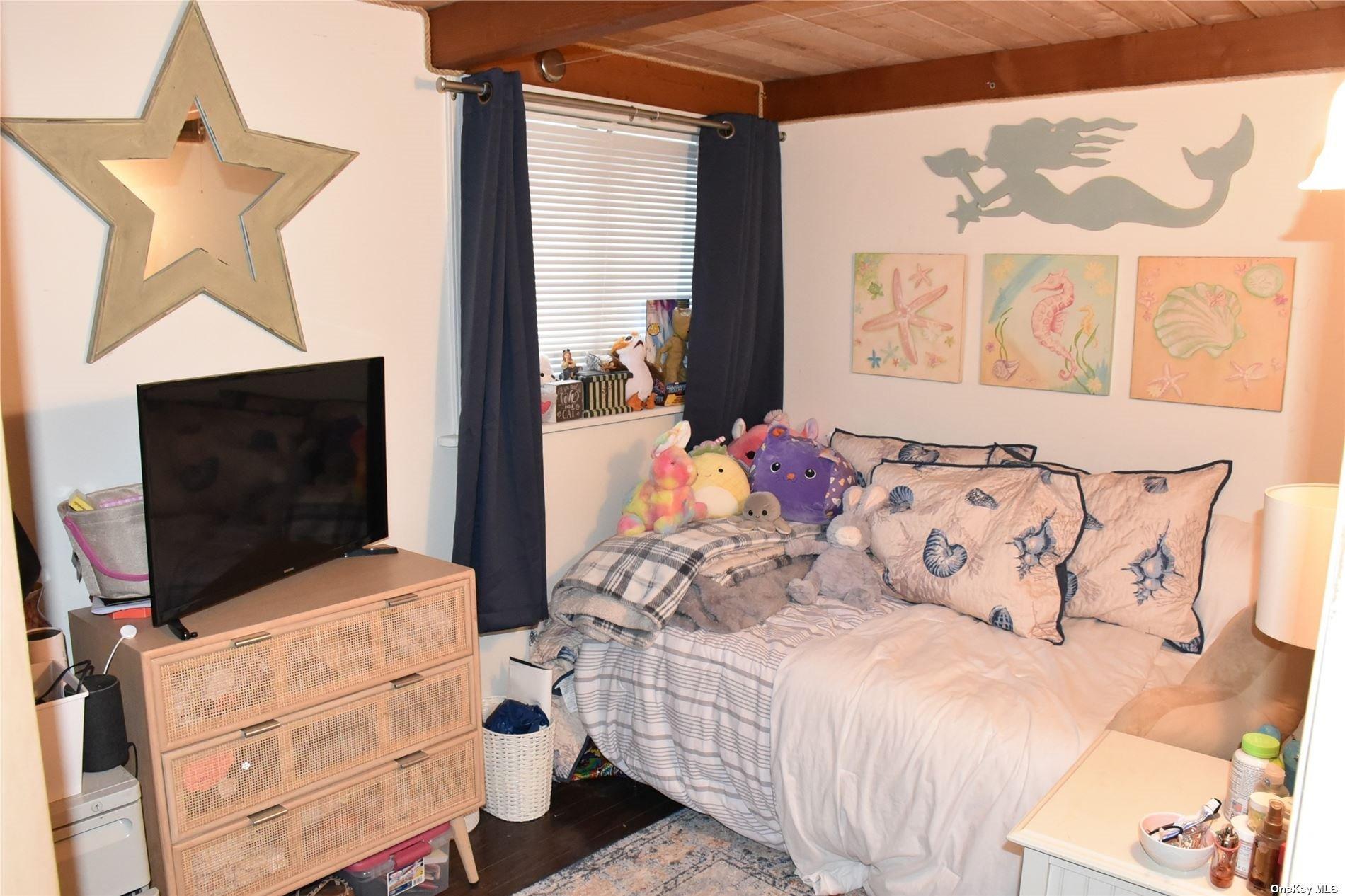 Single Family Matinecock  Nassau, NY 11050, MLS-3283393-19
