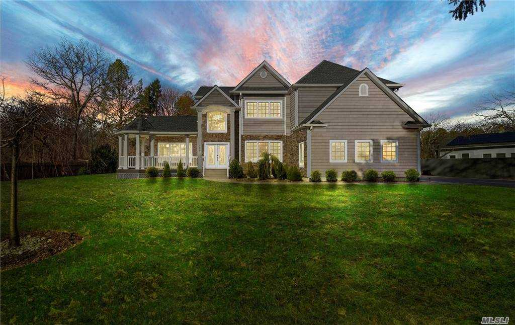Property for sale at 199 Seaman Neck Road, Dix Hills,  New York 11746