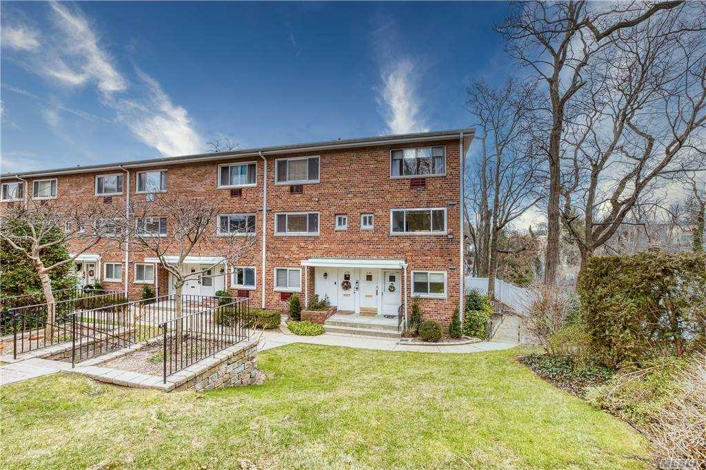 Property for sale at 73 Carlton Avenue Unit: A20, Port Washington,  New York 11050