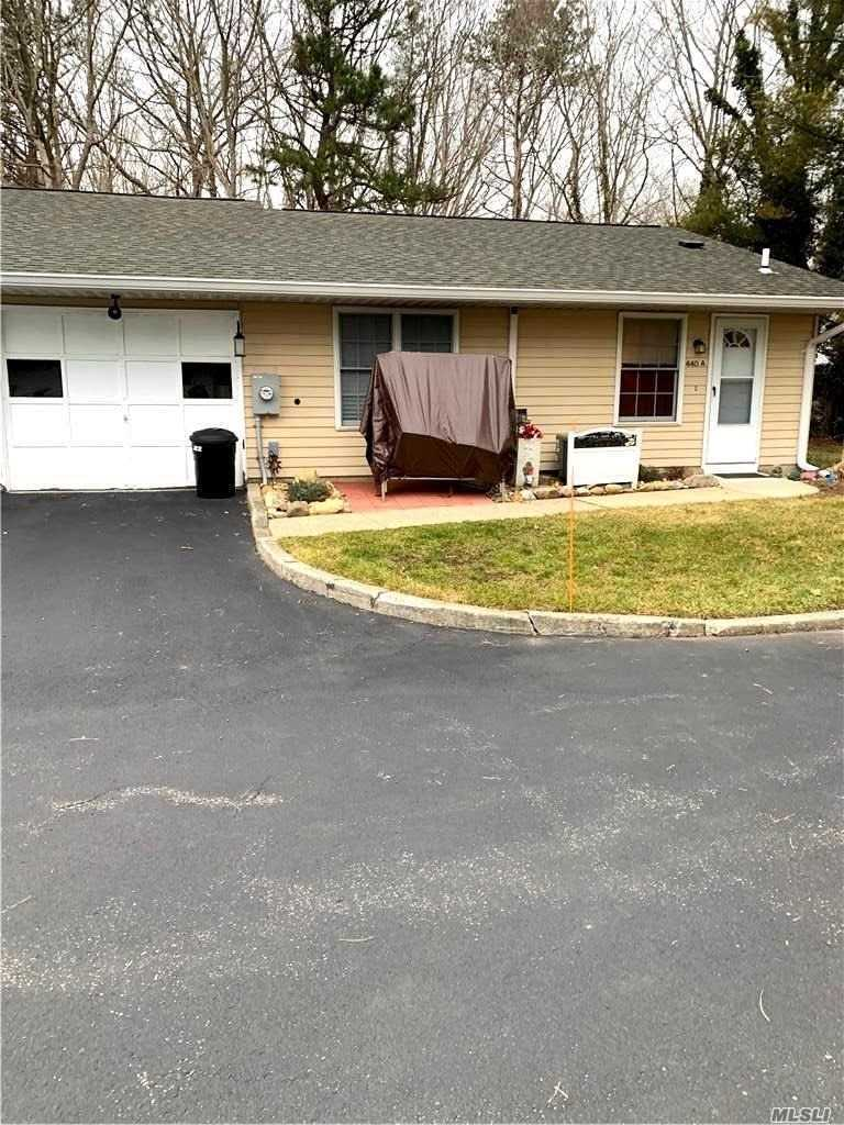 Property for sale at 440 A Arlington Drive, Ridge,  New York 11961