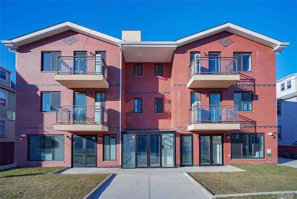 Property for sale at 214-11 35th Avenue Unit: 3F, Bayside,  New York 11361