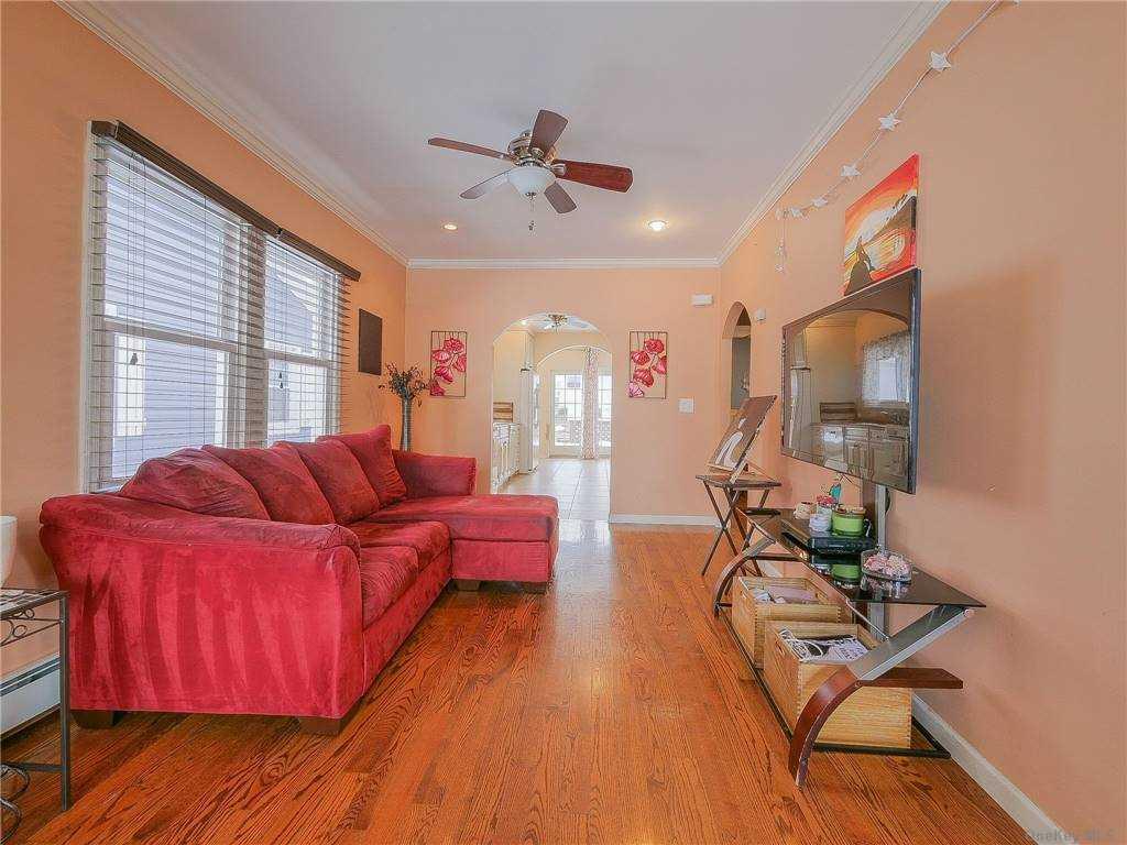 Single Family Miller Avenue  Nassau, NY 11520, MLS-3284864-3
