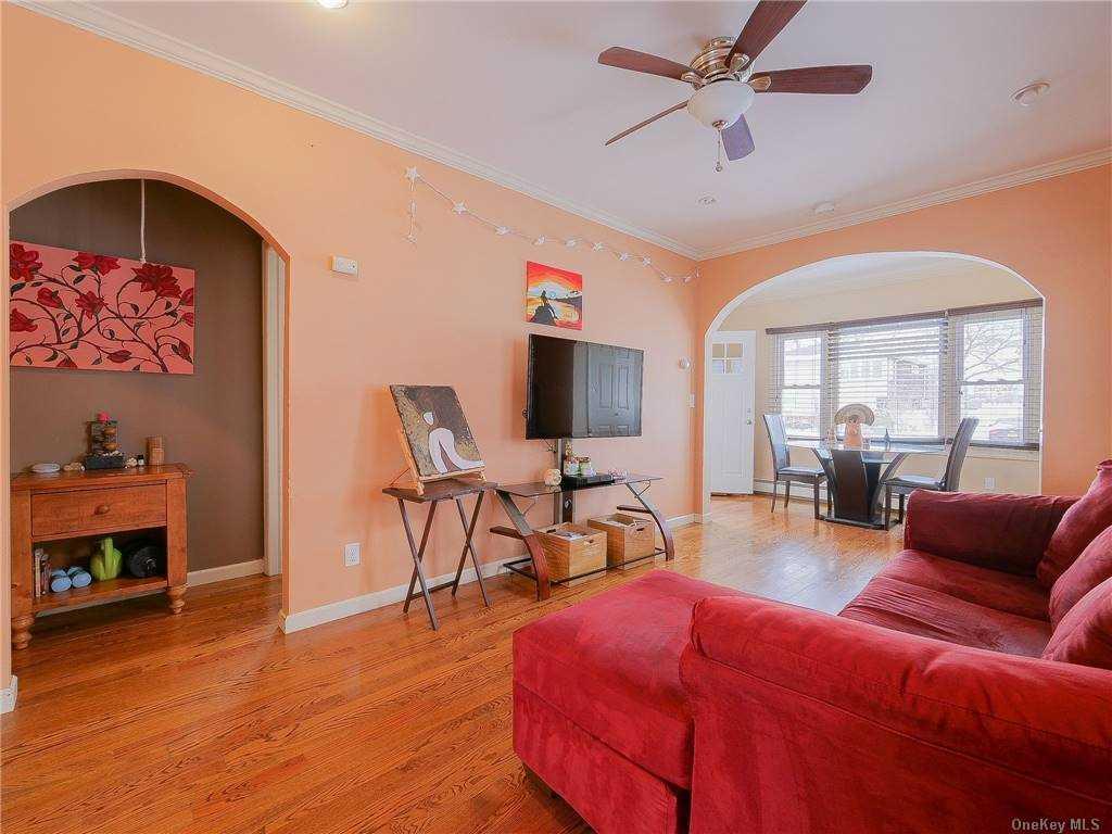 Single Family Miller Avenue  Nassau, NY 11520, MLS-3284864-4