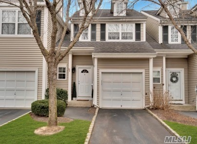 Property for sale at 4 Kensington Drive, Smithtown,  New York 11787