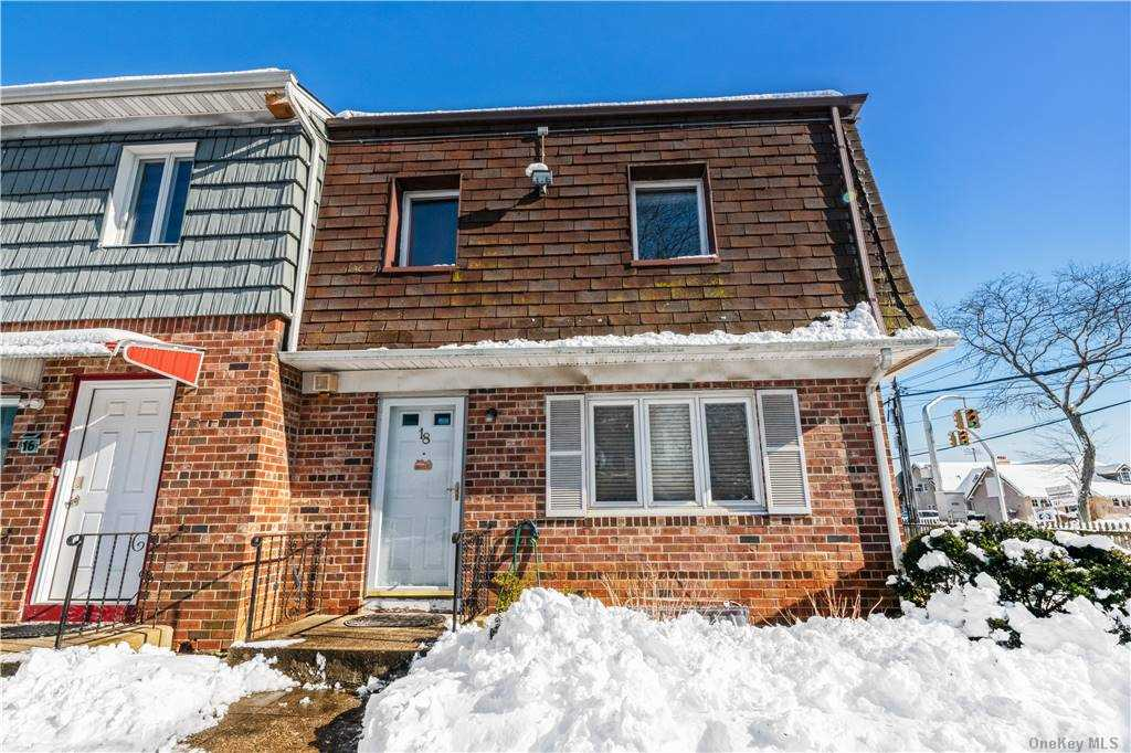 Property for sale at 18 E Rockaway Road, Hewlett,  New York 11557