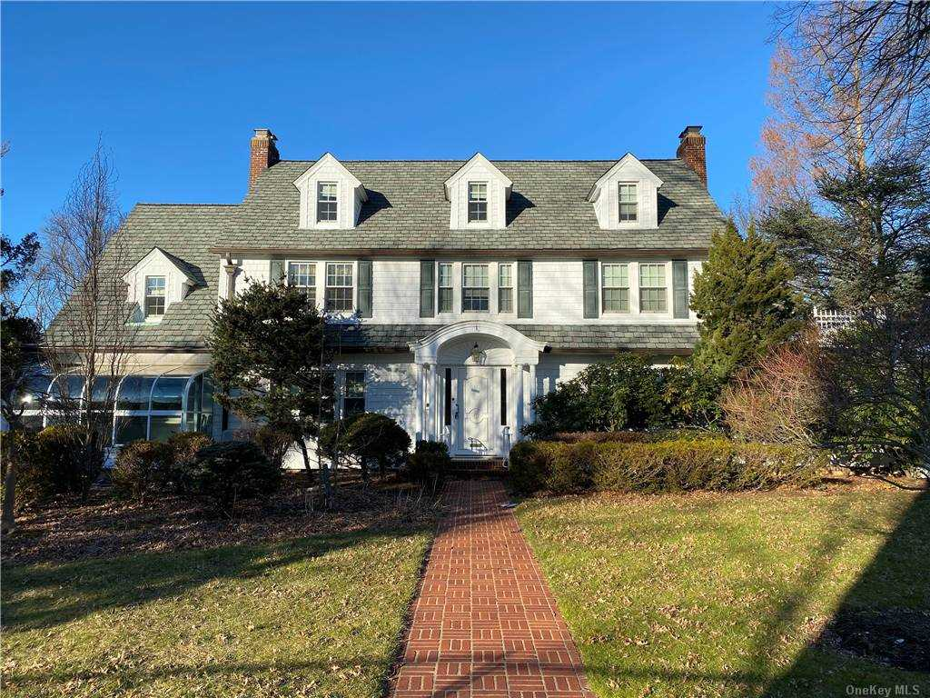 Property for sale at 3171 Elm Place, Wantagh,  New York 11793