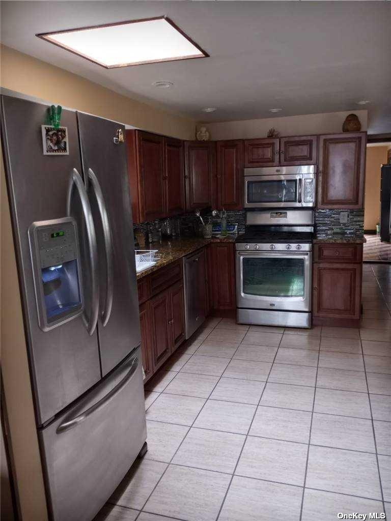 Single Family Hamden Avenue  Staten Island, NY 10306, MLS-3286676-7