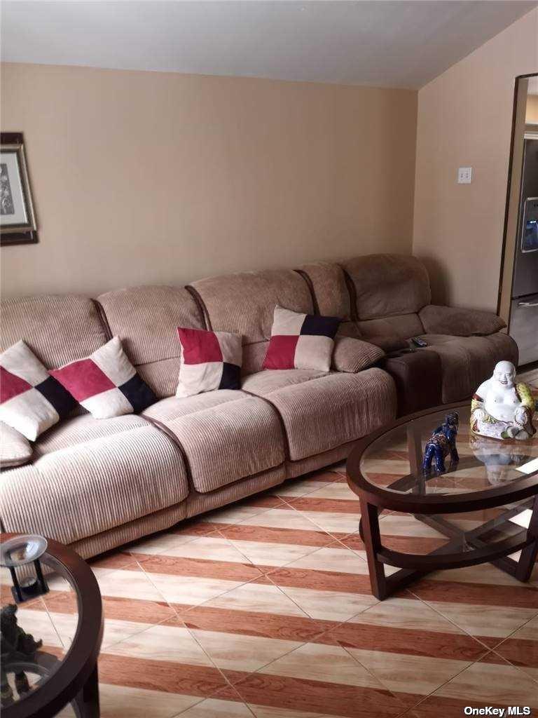 Single Family Hamden Avenue  Staten Island, NY 10306, MLS-3286676-3