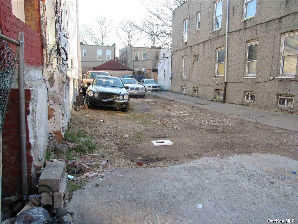 Land Cleveland Street  Brooklyn, NY 11208, MLS-3287337-2