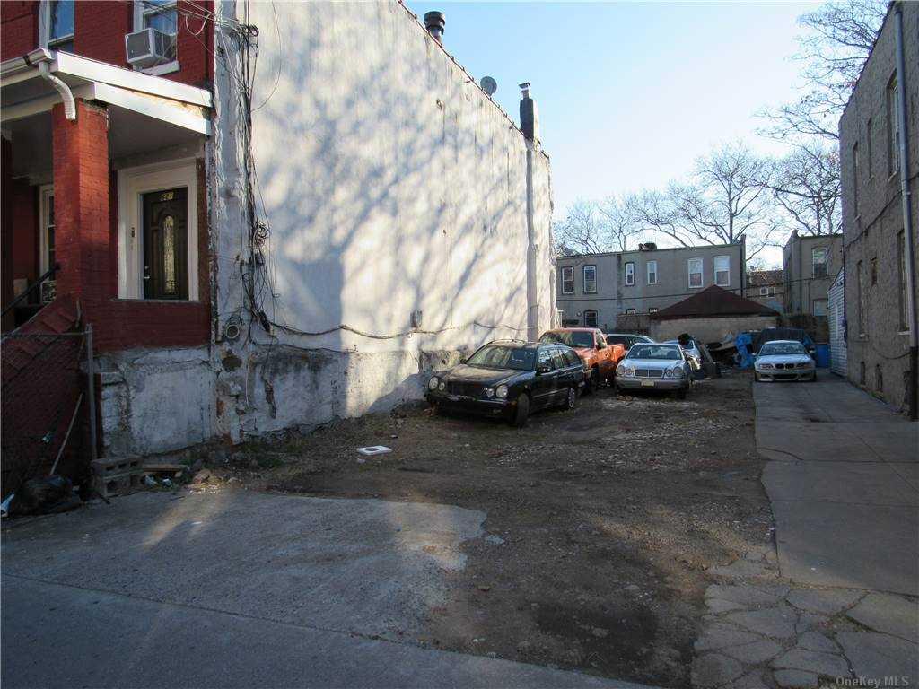 Land Cleveland Street  Brooklyn, NY 11208, MLS-3287337-6