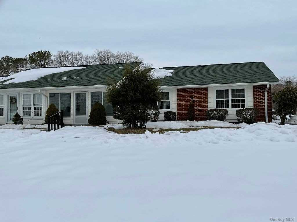 Property for sale at 182 Ventry Unit: D, Ridge,  New York 11961
