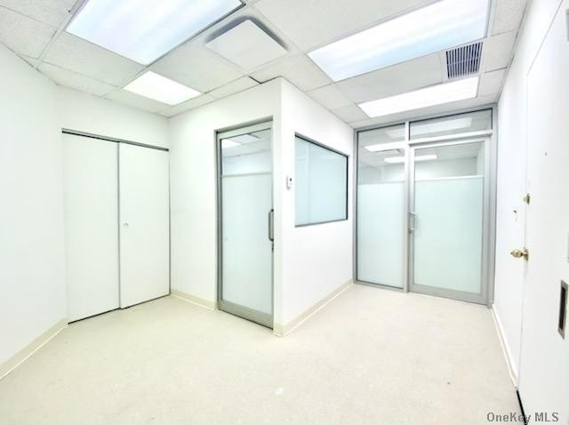 Commercial Lease Fifth Avenue  Manhattan, NY 10017, MLS-3288038-10