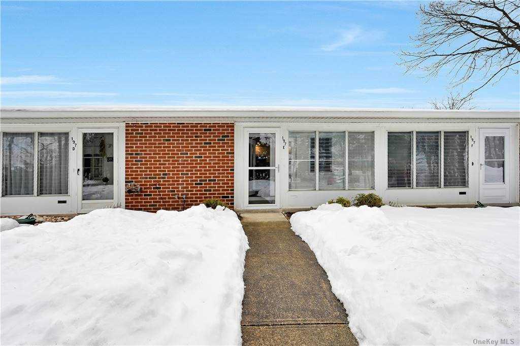 Property for sale at 197 E Newcastle Court Unit: E, Ridge,  New York 11961