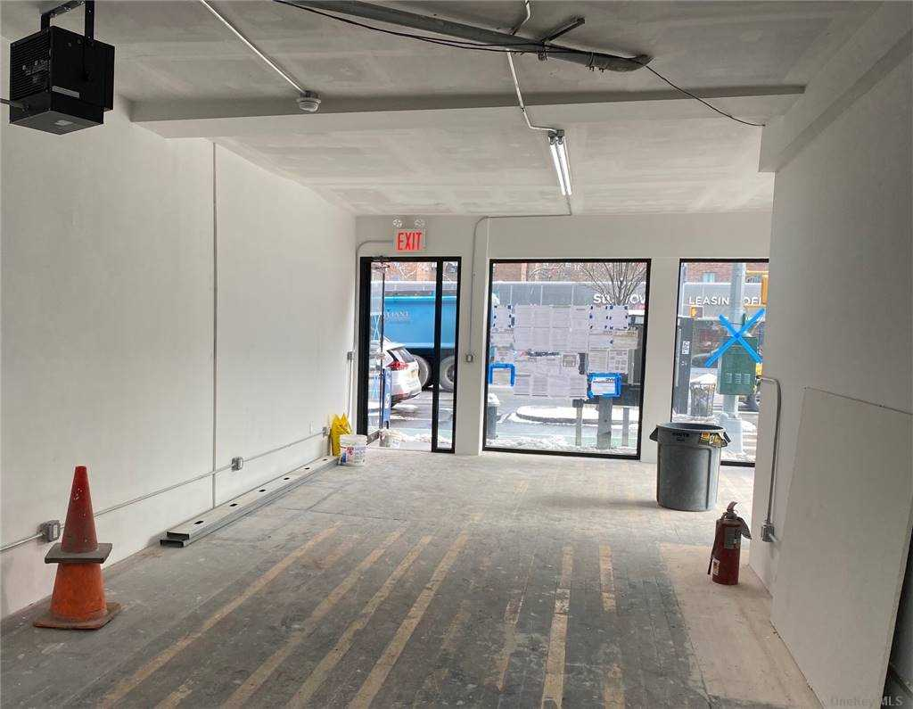 Commercial Lease 1st Avenue  Manhattan, NY 10003, MLS-3288229-3