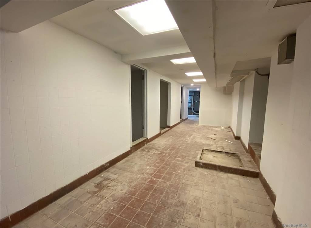 Commercial Lease 1st Avenue  Manhattan, NY 10003, MLS-3288229-9