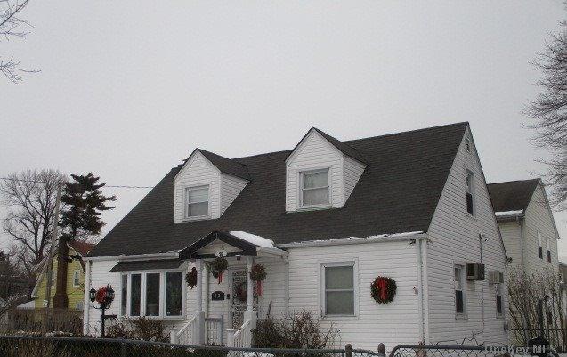 Single Family Lafayette Avenue  Nassau, NY 11550, MLS-3288381-6