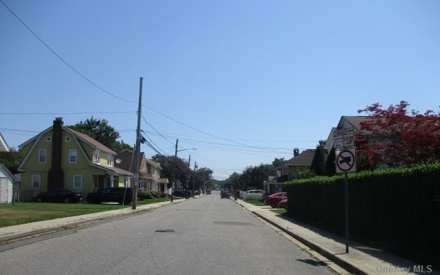 Single Family Lafayette Avenue  Nassau, NY 11550, MLS-3288381-9