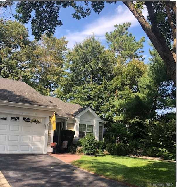 Property for sale at 14 Kismet, Ridge,  New York 11961