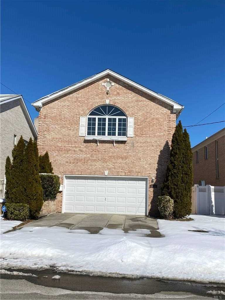 Property for sale at 150-95 Powells Cove, Whitestone,  New York 11357