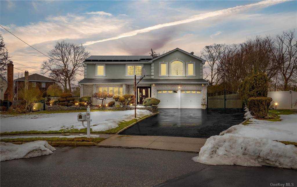 Property for sale at 15 Marlboro Lane, East Islip,  New York 11730