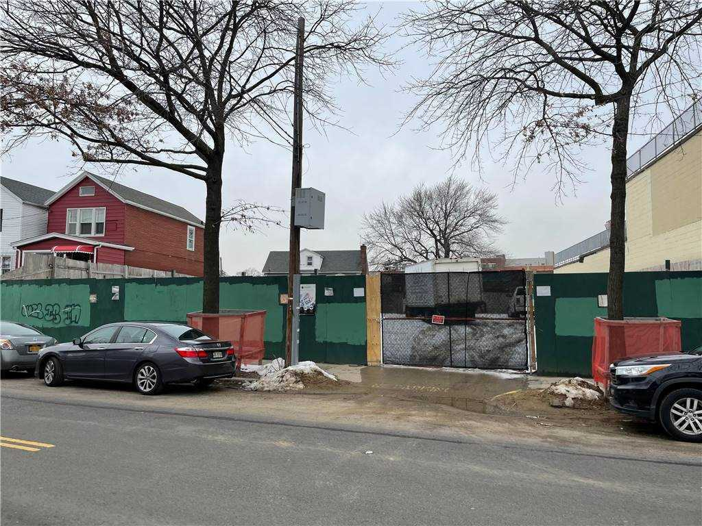 Land 57th Avenue  Queens, NY 11378, MLS-3290403-6