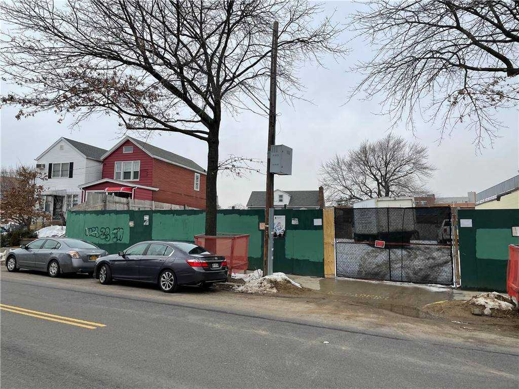 Land 57th Avenue  Queens, NY 11378, MLS-3290403-5
