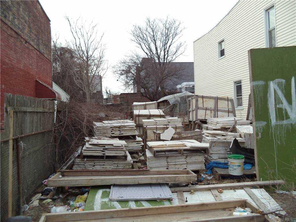 Land Schenck Avenue  Brooklyn, NY 11207, MLS-3290838-4
