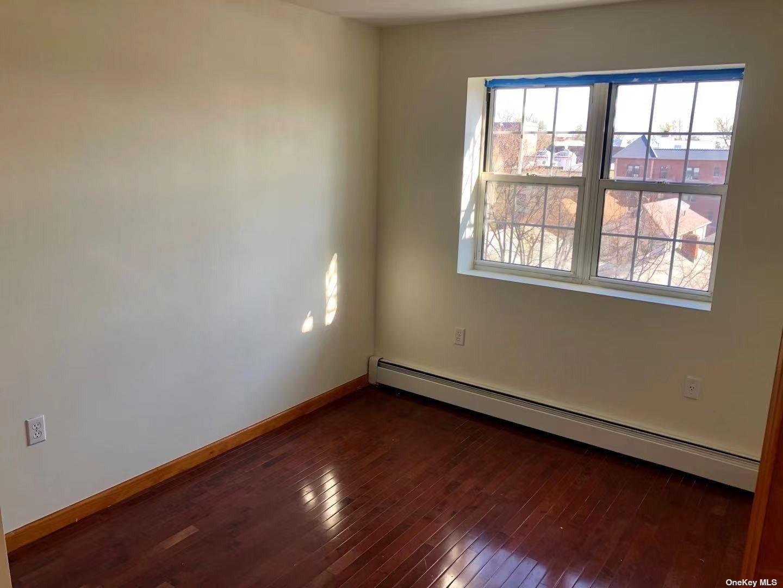 43-22 ROBINSON ST #5A, FLUSHING, NY 11355