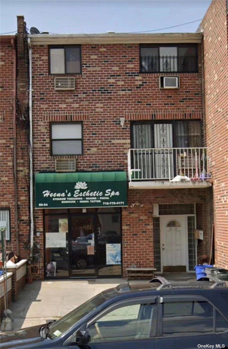 5054 69 STREET, WOODSIDE, NY 11377