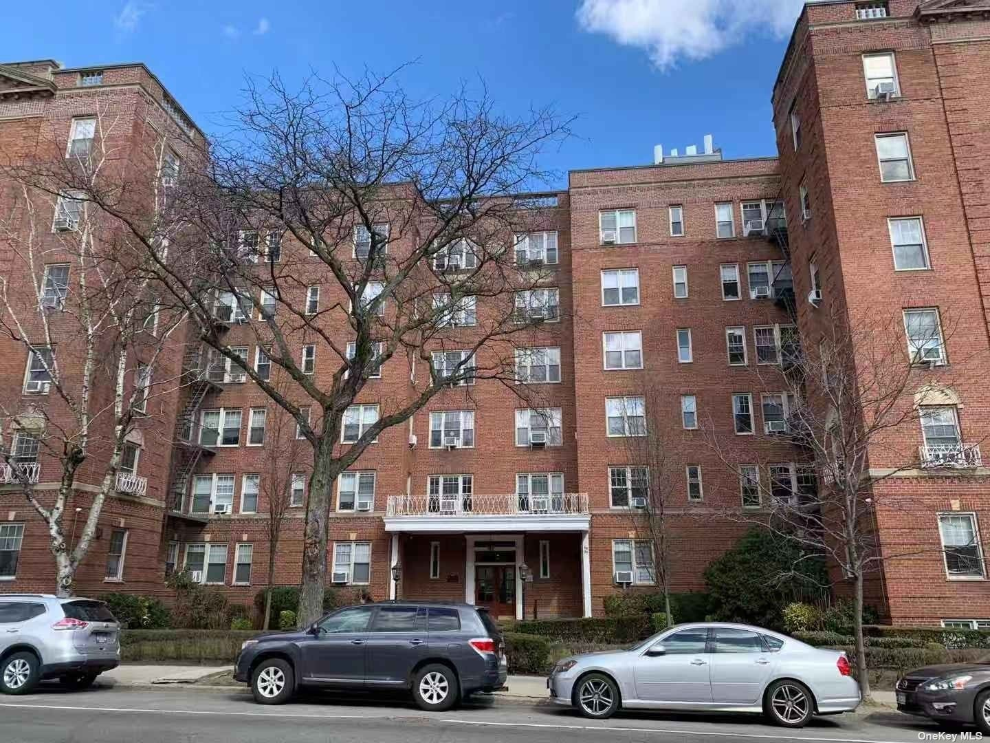 68-37 108 STREET #6A, FOREST HILLS, NY 11375