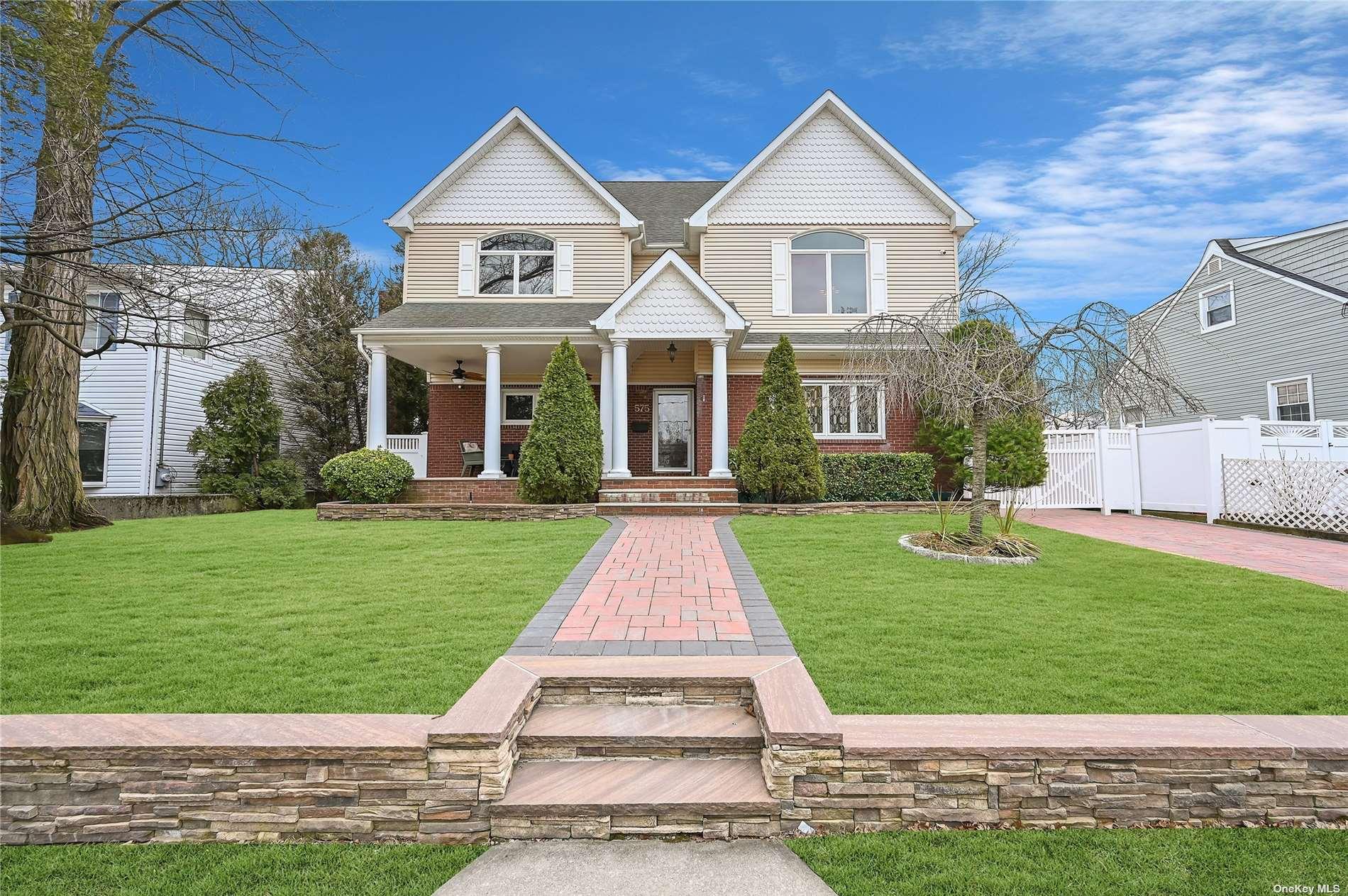 Property for sale at 575 Hawthorne Street, W. Hempstead,  New York 11552