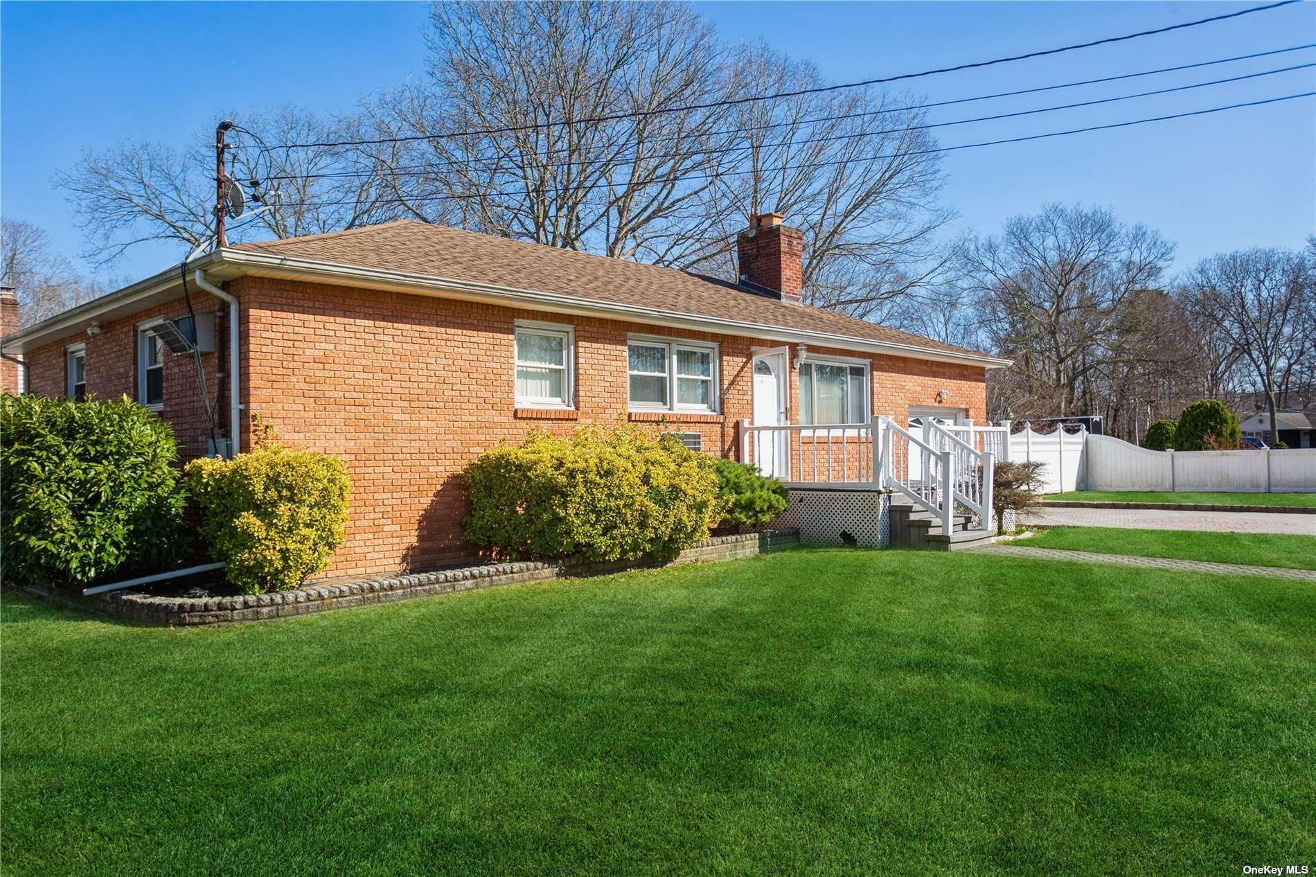 1 Pine Street, Lake Grove NY 11755