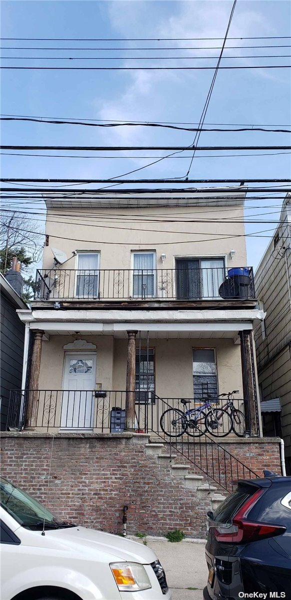 22-27 124 STREET, COLLEGE POINT, NY 11356