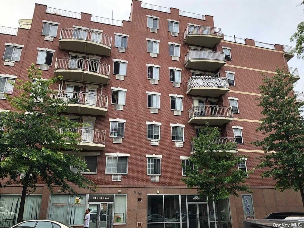 35-06 LEAVITT STREET #5D, FLUSHING, NY 11354