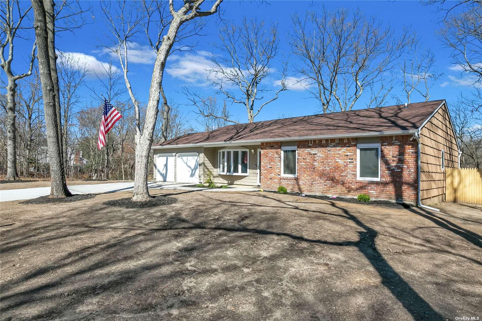 41 Glenridge Avenue, Stony Brook NY 11790