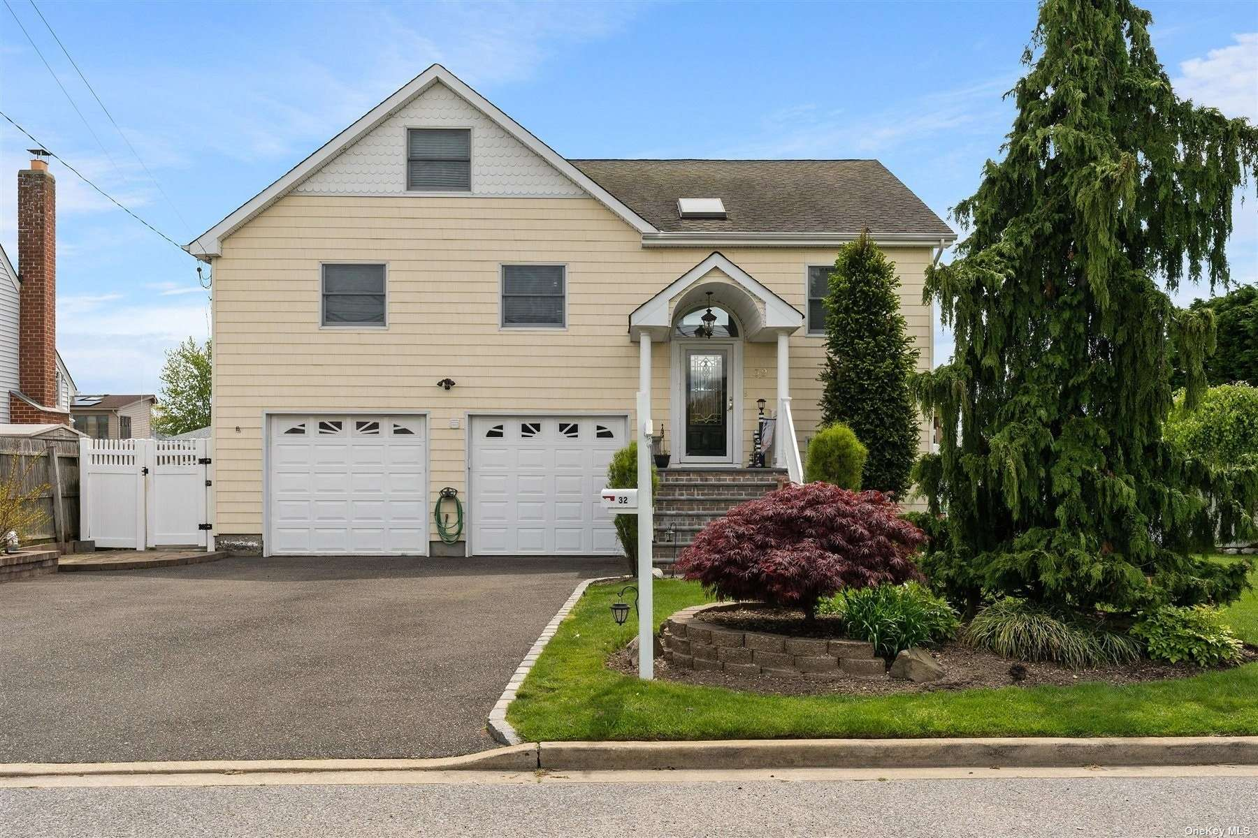 Beautiful Colonial on waterfront property exceptional water 80' bulkheading that sits on one of Massapequa's widest canals. Over 2700 sq. ft. of absolute  waterfront perfection awaits you. Breathtaking views and sunsets. Updates New bulkheading, paved patio, large wrap-around deck, just moments to The Open Bay not to mention a spectacular 80 x 100 lot!