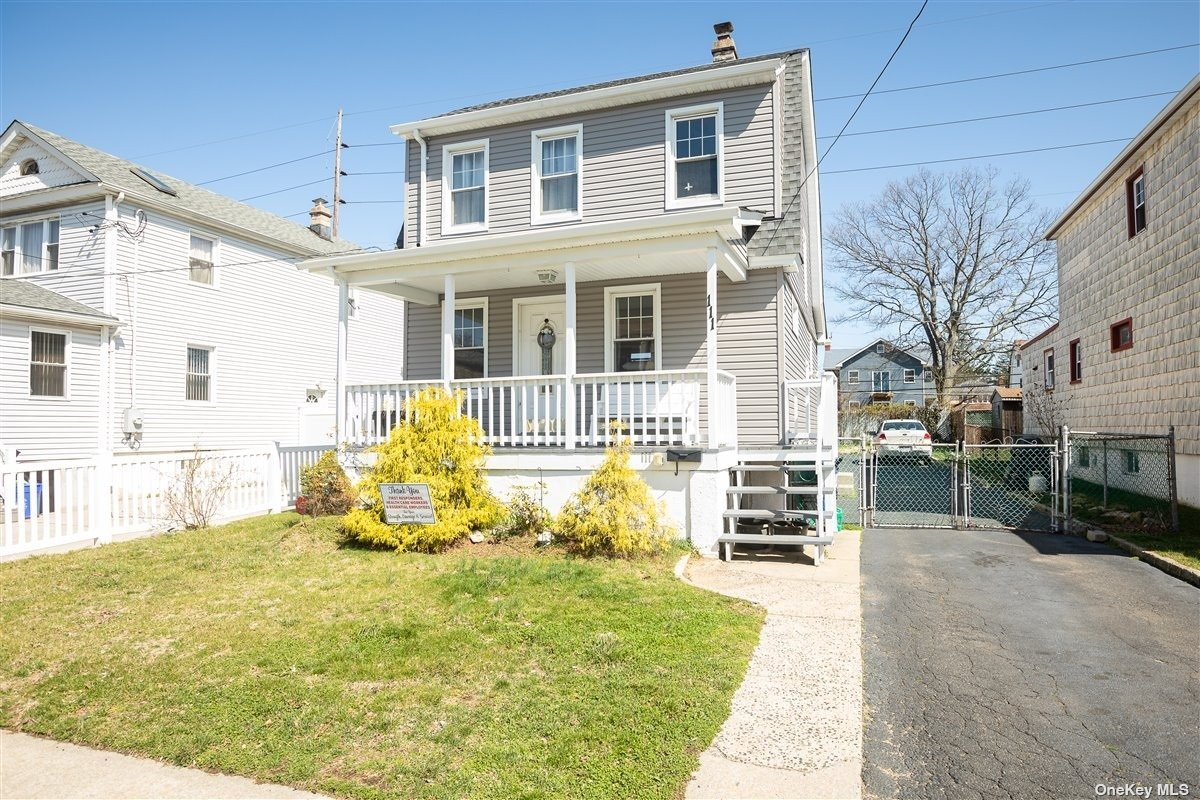Welcome Home to this Charming & Bright 3 Bed/ 1 Bath Colonial in the village of Valley Stream with a Brand New Roof, Hardwood Flooring 5 years young, Gas Cooking & Much Much More.  Great Investment Opportunity.  This is the one you have been waiting for.  Accessible to all - A must see.