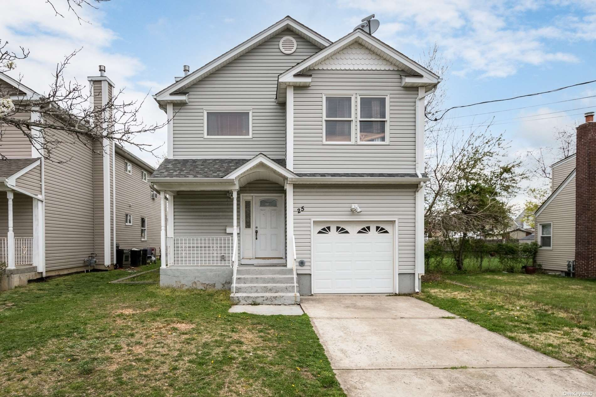 Spacious Hi - Ranch , with Full Basement with Outside Entrance.  5 Bedroom, 3 Bath home. Taxes do not reflect Star of Approximate $1500. Possible Mother/Daughter with proper permits.