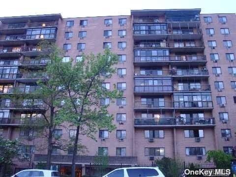 136-75 37TH AVENUE #7F, FLUSHING, NY 11354