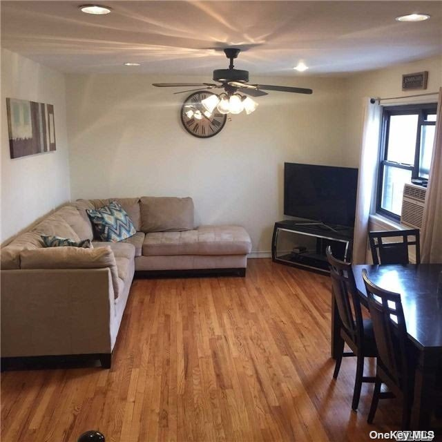 Well Maintained 2BR 1BTH Garden apt in Bayside! Upper floor, hardwood floors, granite countertop, windows galore and more! Pet friendly, close to parks and transportation as well as highly sought after district 26 schools!