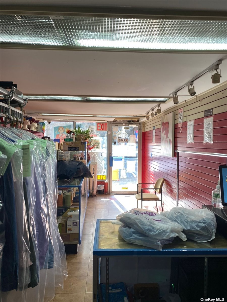 Business Opportunity in New York - St Nicholas  Manhattan, NY 10033