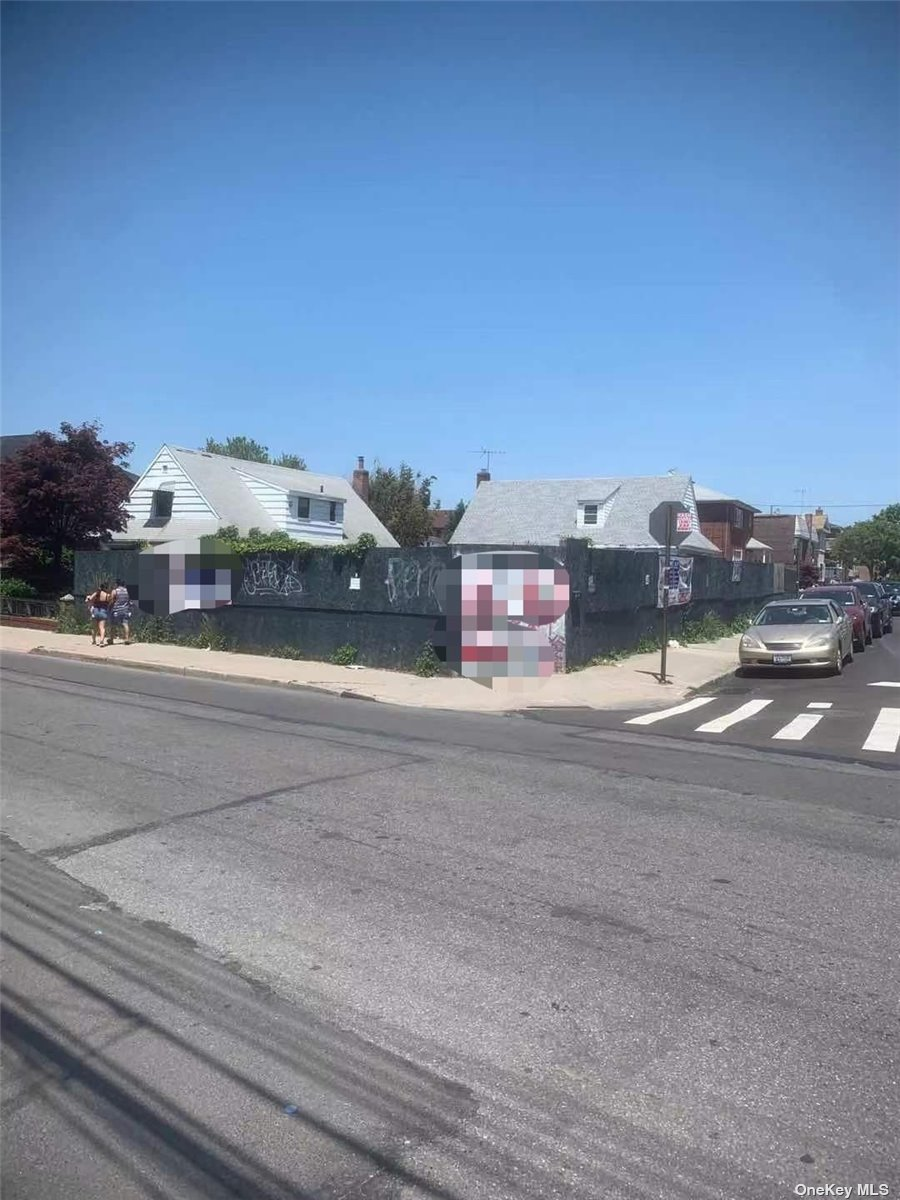 13619 BOOTH MEMORIAL AVENUE, FLUSHING, NY 11355