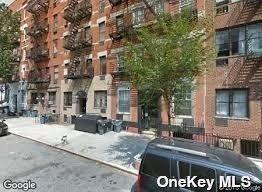 Residential Lease in New York - 82 Street  Manhattan, NY 10128