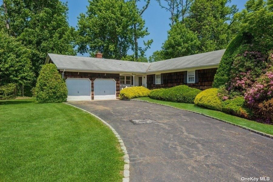 19 View Drive, Miller Place NY 11764