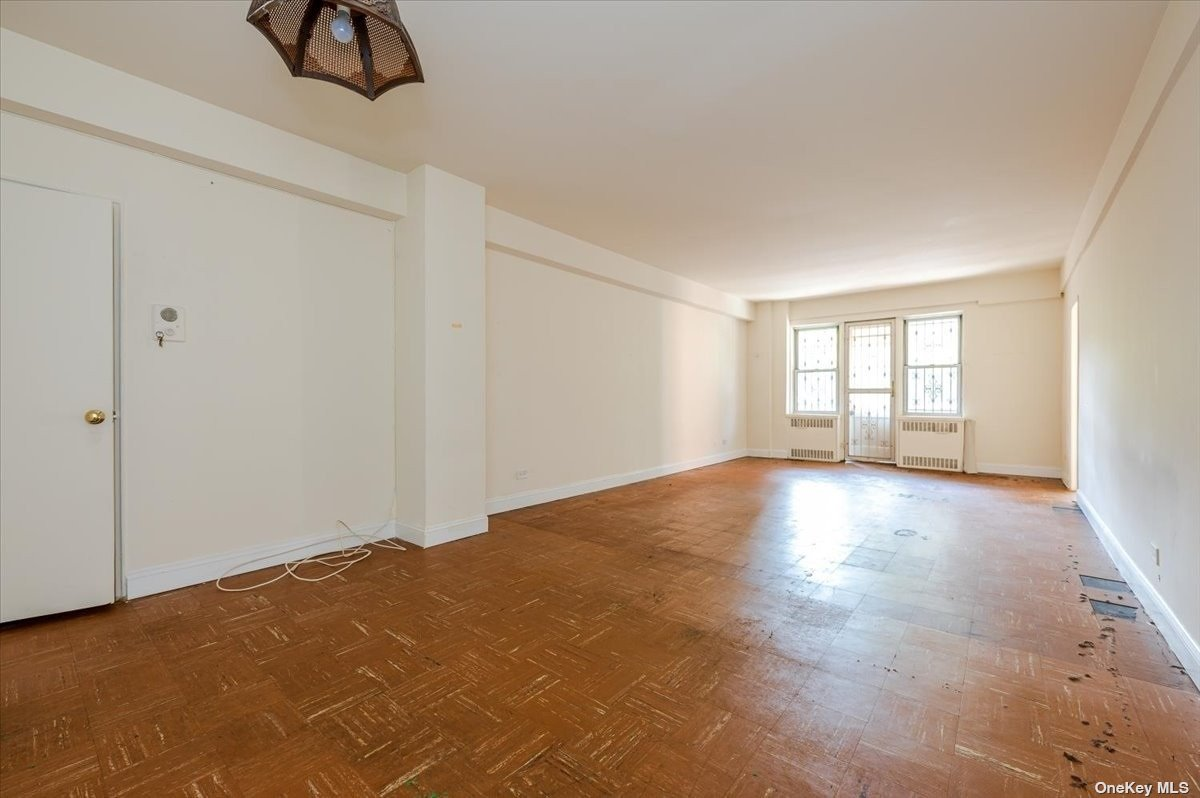 69-10 108th Street 2M, Forest Hills, NY 11375