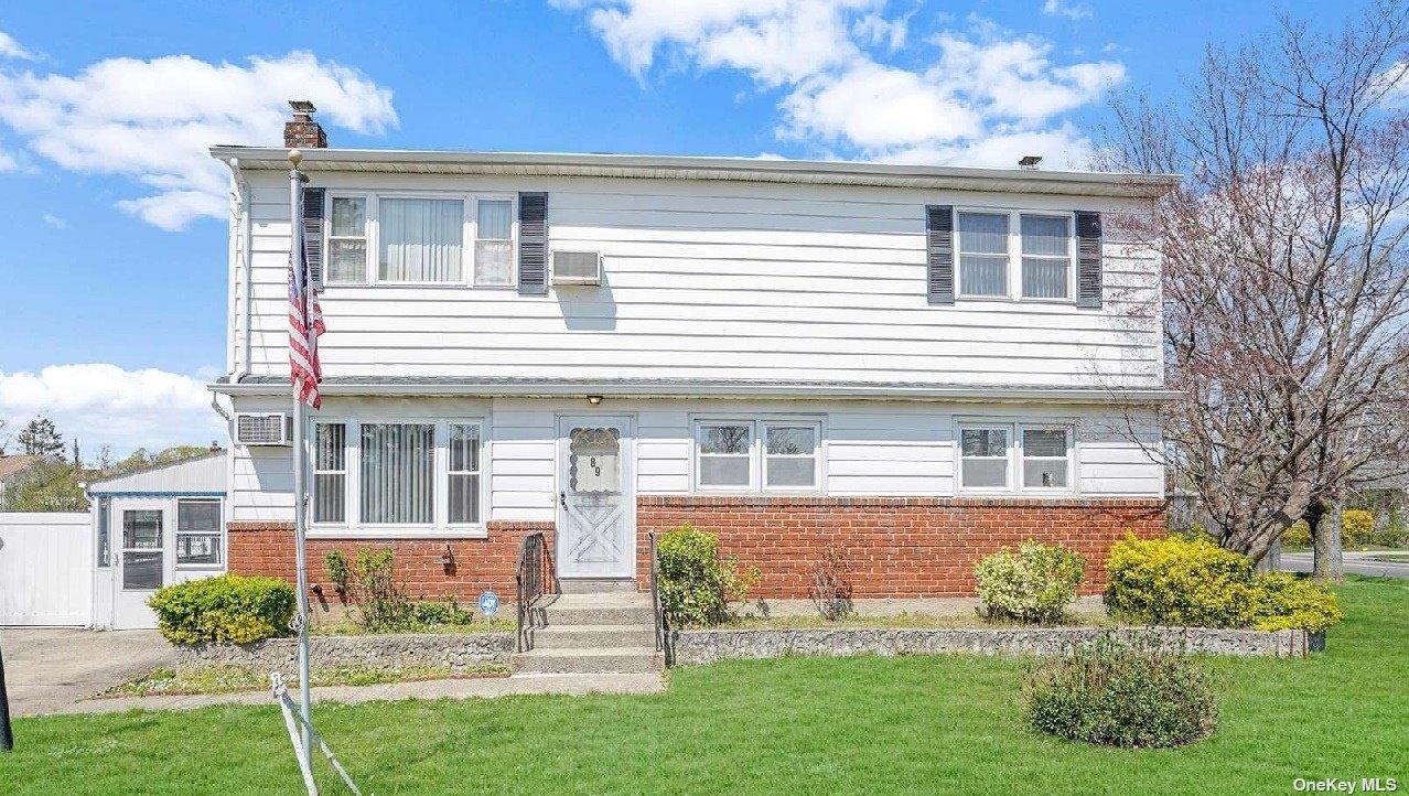 89 Morris Street, Brentwood, NY 11717