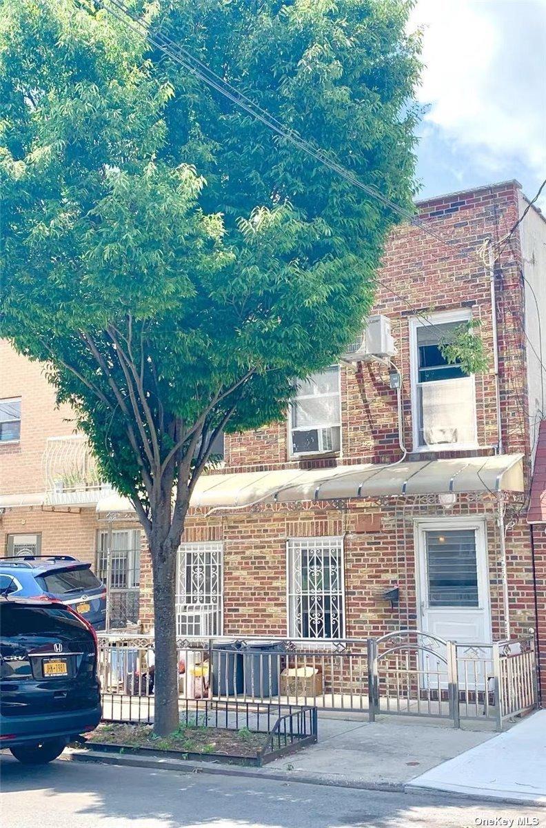 160 BAY 43 STREET, BATH BEACH, NY 11214