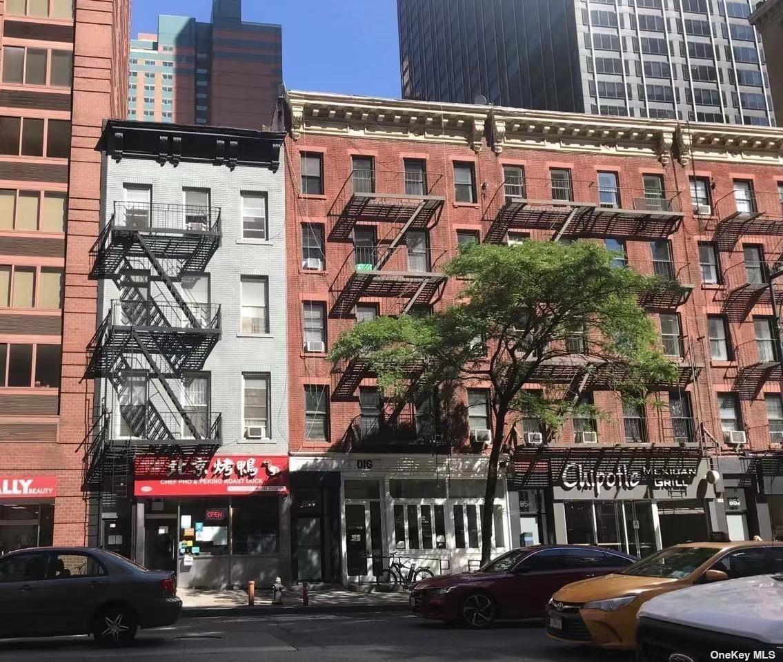 858 W 8TH AVENUE, NEW YORK, NY 10019